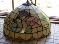 Gorgeous vintage hanging light in great condition. Pick