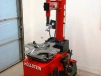 HOLLSTEIN Rim Clamp Tire Changer hardly used and in