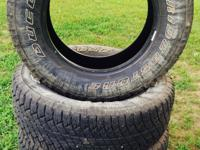 Bridgestone dueler 265/65R18! Like new with only about