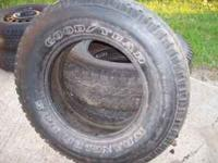 Good Year Wrangler Tires P265/70R17 Tread is still