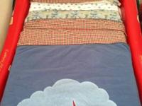 Offering a 4 piece kid bed linen set that includes:.
