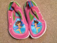 Toddler girls Dora shoes. Size 5/6. Like new condition.