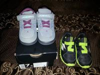 Young child Shoes in excellent pre-owned condition ...