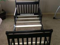 I am selling this toddler bed its new and in good