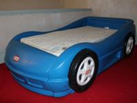 Little Tikes Car Bed w/ Kolcraft 800 natural flow