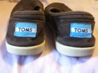 for sale shoe size 2 brown TOMS call me  or email  //
