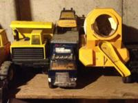 Pick-up truck, cement truck, grater, dump truck, 4 x 4