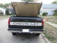 This is a fiberglass Tonneau Truck Cover the color is