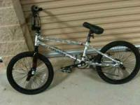 Hi, I am selling a Tony Hawk Trick Bike, It do not know