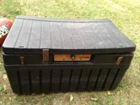 i have a  Full sized plastic truck box -----$30--- obo
