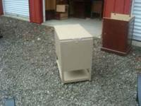 I HAVE A TOP LOADINGS FILE CABINET FOR SALE. $60.00.