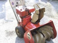 TORO 2-STAGE SELF PROPELLED SNOWBLOWER with POWER