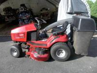RUNS GREAT . nice wheel horse 5-44 inch deck tilt