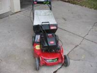 Toro recycler self-propelled mower. Comes with mulching