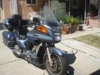 1987 Yamaha Venture 1300 new tires runs great 40 plus