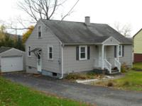 Ideal starter home in a great location! Chenango Valley