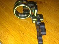 Toxonics Pro Hunter 5 pin bow sight. Been a terrific