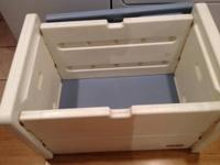 Very large Little Tykes toy chest / box Great shape