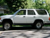 Description 1995 toyota 4Runner. 189,000 miles. White.