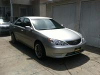I AM SELLING A TOYOTA CAMRY 2006  FOR $5800 OR