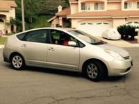 Clean Silver Toyota Prius 2005 package 4 Interior Grey