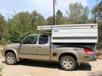 Four Wheel Pop Up Camper & 2004 Toyota Tundra 4x4, very