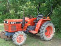 Kioti Tractor 4x4 diesel 803 hours with 5 ft. brush