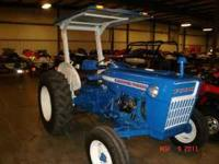 this tractor is fully restored ford 2000 , it incudes a