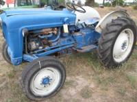 ford 600. gas,1956, 30 hp., live 3 point, PTO, sherman