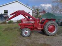 1990 international 385 tractor & loader this tractor is