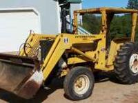 2400 International 46hp Diesel 2050 Loader Strong