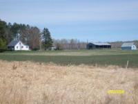 Traditional 1.5 story home on 60 acre - with pole shed