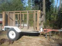 4.5' x 7.5' TRAILER W/ REMOVABLE RACKS & RAMPS 4.5' x