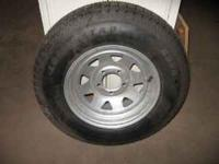 Brand new Loadstar K550 ST 205 75 D 14 tire and rim for