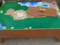 TRAIN TABLE FOR ALL KINDS OF TRAIN SETS, HAS BEEN USED,