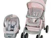 Cute travel system. Includes 1 carseat base. It's grey