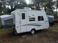 Travel trailer. Has tv fridge(propane and electric)