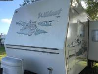 Wildcat by Forest River 2005 travel trailer large slide