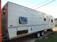 2005 Gulf Stream Cavalier Bunk home with complete size