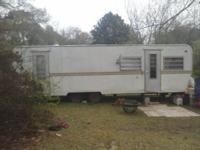 "Clean 28ft 1998 Impala ""bumper pull"" Travel Trailer can"