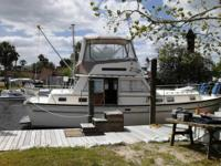 36' Gulfstar Trawler, twin Lehman diesel motors run