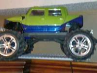 Im saleing a Traxxas E-Maxx that does wheelies and