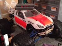 Selling my traxxas revo 2.5 has engine that works but