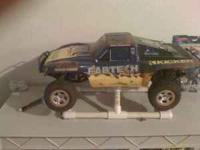 traxxas slash rc truck. $250 obo. truck, pit box,