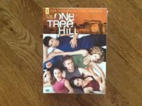 Full set on One Tree Hill Series. excellent Condition!