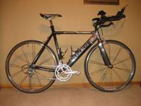 A ride/race ready Trek Equinox 7 tri bike for sale. The