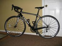Smoking deal. Trek Madone 3.1 Carbon Fiber road bike in