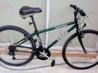 "TREK MOUNTAIN BIKE, 26"", ""MOUNTAIN TRACKER 800 Sport,"