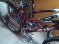 Trek800 sport red and black 24 rate 18.5 inch. Washed