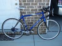 Mint Condition 56cm Trek 2100c Road Bike. 9 speed.